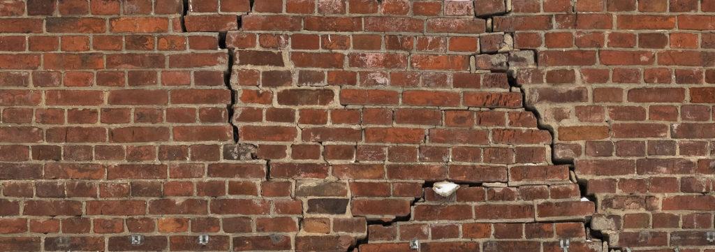 Brick veneer cracks